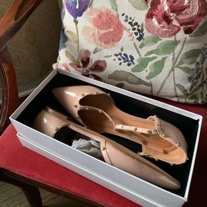 halogen olson blush stud pointed to T strap flats